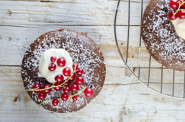 Mini Tartas de Chocolate sin gluten con Topping de Mascarpone y Té Negro